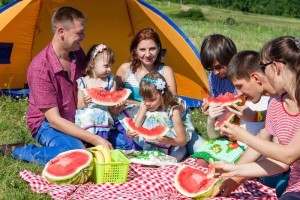 How to choose a tent for your family camp